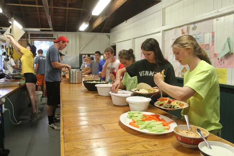 Campers going through the buffet line during lunch